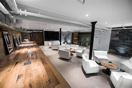 iQ Offices | 140 Yonge Street - Members Lounge (Event Space)