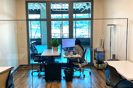 thinkspace - Seattle - Dedicated Desk Den