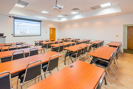 Crown Center Executive Suites (CCESuites) - Panther Meeting Room (Training Room)