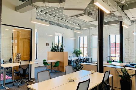 Spaces North Loop - Office 337