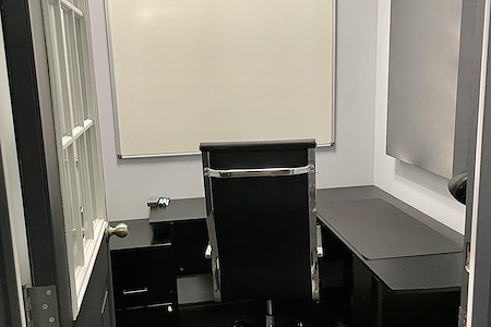 The Muse Rooms - Office 12