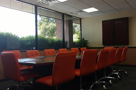 3LS Work|Spaces @ Perimeter Park - Jules Brazil Board Room