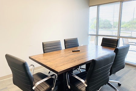 Business E Suites - Mustang Meeting Room