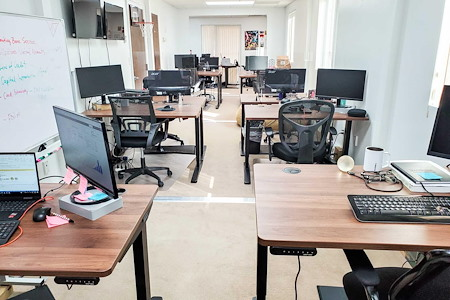 Lakeside Executive Suites - Office Space for up to 12 Workstations