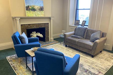 Kolibri Offices - Part-Time: Fireplace Office