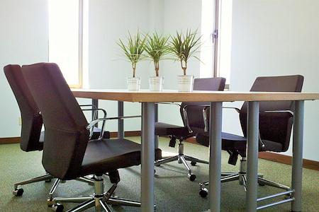 mindwarehouse - Meeting Room 803