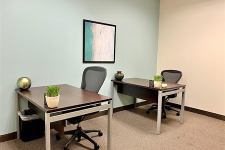 Regus Fountain Grove Center 3111 - Co-Work 263