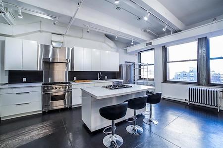 Shooting Kitchen - Multi-Purpose Midtown Kitchen Studio