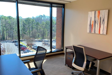 Peachtree Offices at West Paces Ferry, LLC. - Spacious Corner Office