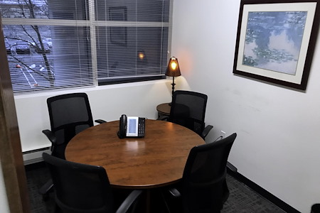 OfficeNJ - Piscataway - Small Conference Room