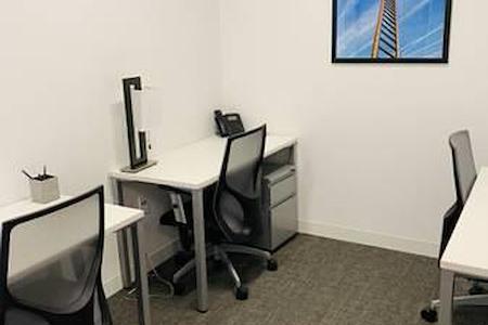 Spaces North Loop - Office 338