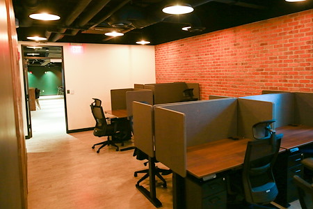 Second Story Coworking - Dedicated Desk 1