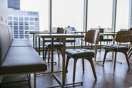 Servcorp - Chicago 155 North Wacker - Hot Desk