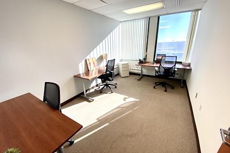 Office Evolution - Somerville - Team Window Office