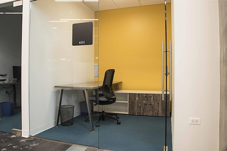 25N Coworking - Arlington Heights - Office #137