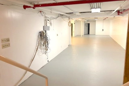 SoHo Museum Building - SoHo Basement, White Boxed