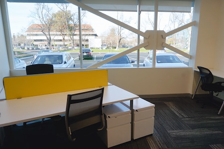 Z-Park Silicon Valley Innovation Center - Private Office for 3-4 ppl with Window