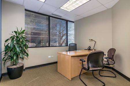 Intelligent Office Lakewood - Executive Office