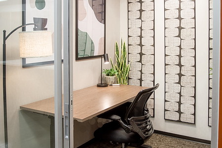WorkSuites | Uptown Cole Ave - SoloSuite - Interior