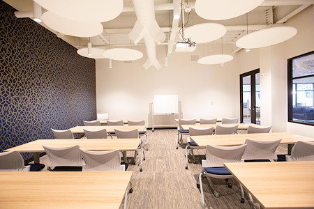 The 5TH Floor - Trailblazer Meeting and Event Space