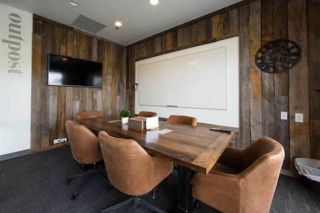 Roam Alpharetta - Outpost, Luxury office for 3-6 people