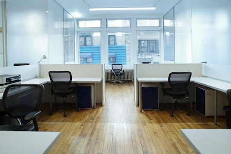 2827 Offices - Dedicated Desk 1