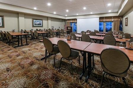 Richmond Inn and Suites Trademark by Wyndham - Audubon Room