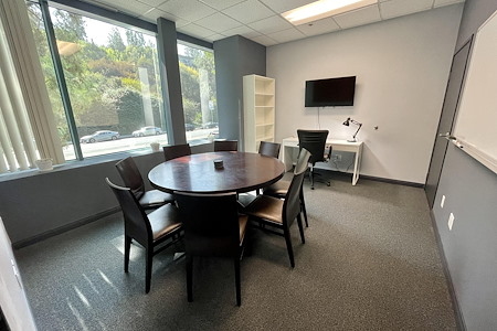 The Muse Rooms - Office 6
