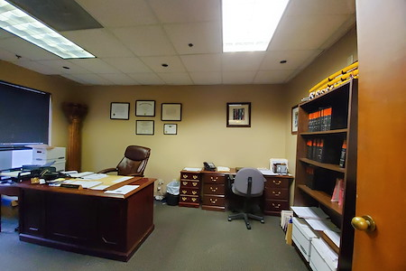 MCH Properties - Lake View Office (1st Floor)
