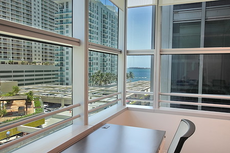 Quest Workspaces- 1395 Brickell - Day Office 8th Floor