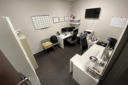 Easy Work Space (Moon) - Private Office 20