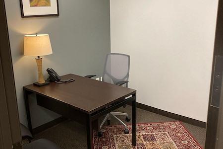 Regus- Us Bank Building - Office Suite 1