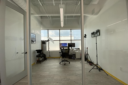 Muze Office & Event Space - Office 220-F