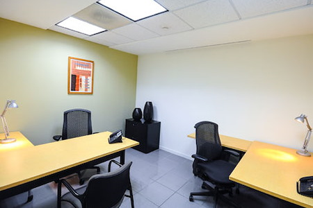 Regus | San Salvador, El Salvador World Trade Center - Dedicated Desk