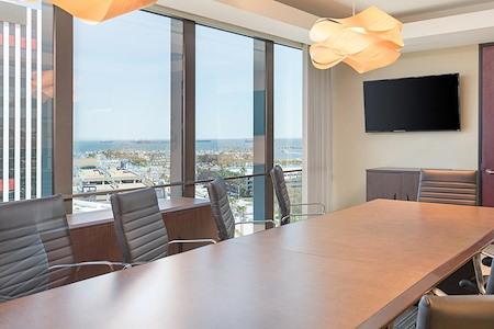 (OCE) Oceangate - Window Office