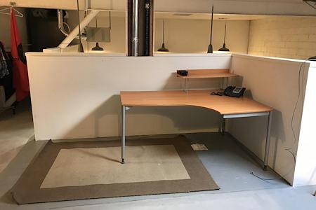 Hidden Gem Creative Studios - Upstairs Loft Workstation #2