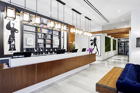 INNSIDE New York - Private Room w/Desk