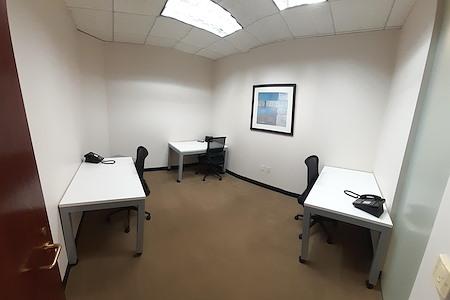 (WFB) Wells Fargo Tower - Interior Office 1-3 people