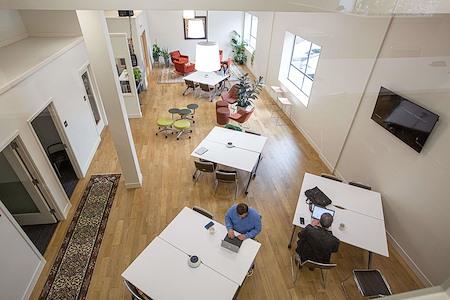 TractionSpace - Open Desk (coworking)
