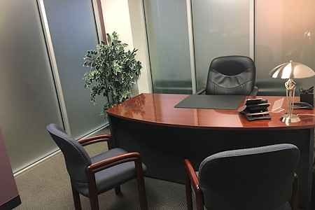 Century Suites - Woburn - Day Office