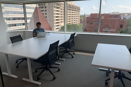 Heyday Workplaces at Penn Ave - Extra Large Private Office