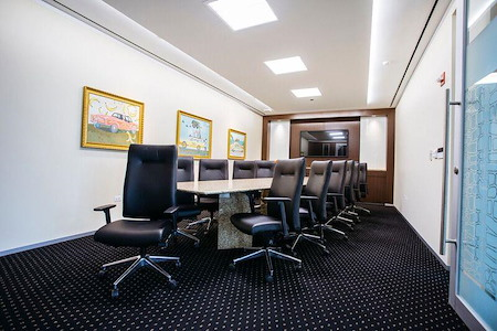 Servcorp - River Point - Executive Boardroom, Seats 14