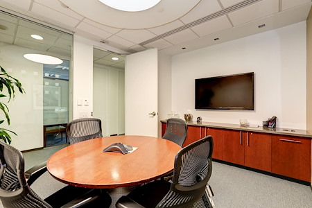 Carr Workplaces - Pennsylvania Avenue - Carr Meeting Room