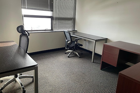 The HUBZone Of Leesburg - Private Office Suite