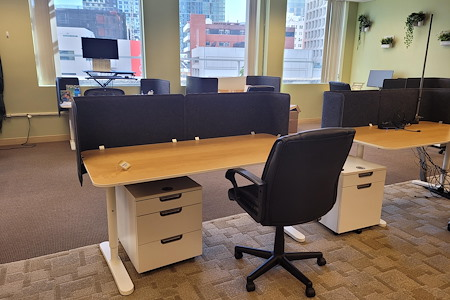 The Port @ Kaiser Mall (Uptown) - Dedicated Desk