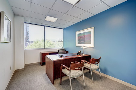 Carr Workplaces - Bethesda - Fully Furnished Window Office for 1