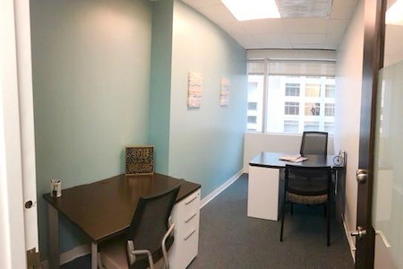 Quest Workspaces 777 Brickell Ave - Window Office