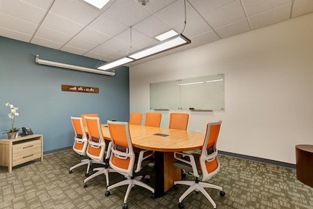 Office Evolution - Lakewood - Meeting Room 1 (6 ppl w./Social Dist.)