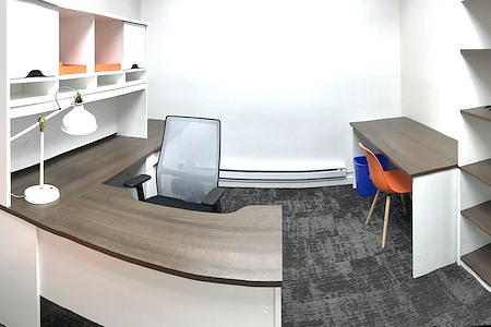 coworkHERS - Office Suite for 3-4 people
