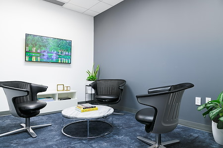 Helix Workspace - 535 Fifth Avenue - Strategy Room